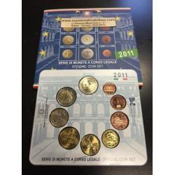 ITALIA CARTERA OFICIAL EUROS 2011 SC 1+2+5+10+20+50 CENTIMOS 1 EURO + 2 EUROS + 2€ CONSTITUCION BU SET KMS 9 MONEDAS