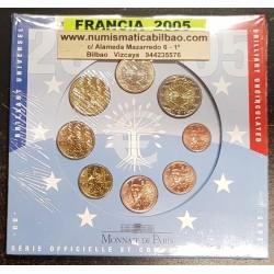 FRANCIA CARTERA OFICIAL EUROS 2005 SC 1+2+5+10+20+50 Centimos + 1 EURO + 2 EUROS 2005 UNC BU EUROSET KMS