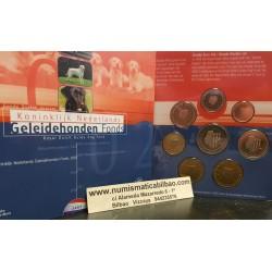 HOLANDA CARTERA OFICIAL EUROS 2002 BU SET 1+2+5+10+20+50 CENTIMOS 1 EURO + 2 EUROS 2002 SC REINA BEATRIZ