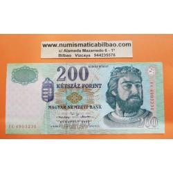 HUNGRIA 200 FORINT 2002 REY ROBERT CORONADO y FORTALEZA Pick 187B BILLETE EBC HUNGARY BANKNOTE