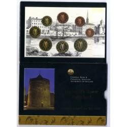 IRLANDA CARTERA OFICIAL EUROS 2004 SC 1+2+5+10+20+50 Centimos + 1 EURO + 2 EUROS 2004 Eire Ireland REGINALD'S TOWER
