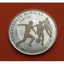 @ESCASA@ 5 PESOS 1989 CAMPEONATO MUNDIAL DE FUTBOL ITALIA 1990 TRES JUGADORES KM.225 MONEDA DE PLATA PROOF Caribe coin 38mm