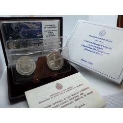 2 monedas x SAN MARINO 500 LIRAS 1986 + 1000 LIRAS 1986 CAMPEONATO MUNDIAL DE FUTBOL PLATA SC ESTUCHE y CERTIFICADO DITTICO