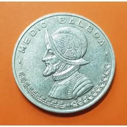 PANAMA 1/2 BALBOA 1961 BUSTO DE BALBOA KM.26 MONEDA DE PLATA MBC++ @ESCASA@ Medio Balboa 1961 SILVER COIN