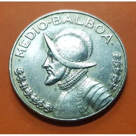 PANAMA 1/2 BALBOA 1967 BUSTO DE BALBOA KM.12 MONEDA DE PLATA MBC++ Medio Balboa 1961 SILVER COIN