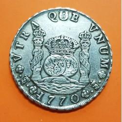 ESPAÑA Rey CARLOS III 8 REALES 1770 JR Ceca de POTOSI Tipo COLUMNARIO MONEDA DE PLATA @AGUJERO RAPARADO@ Pillar Dollar